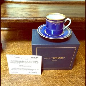 """R.M.S. The """"Titanic"""" cup and saucer collection"""